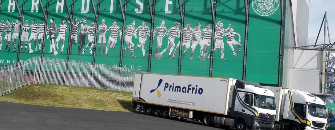 transporte de césped campo de futbol